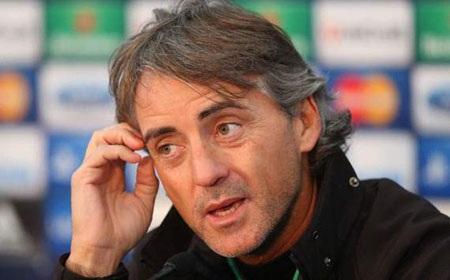 HLV Mancini đánh giá cao MU trước thềm trận tử chiến