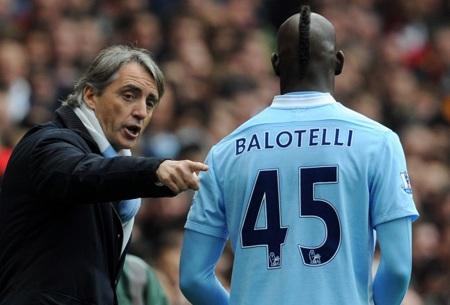 HLV Mancini luôn coi Balotelli như con trai mình
