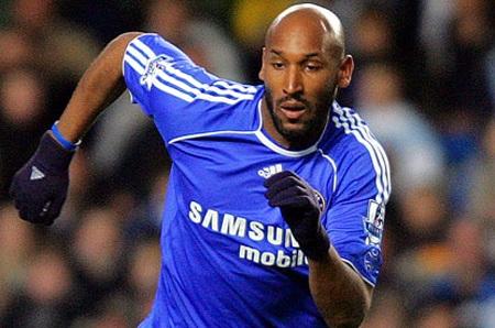 """Demba Ba sắp tới Chelsea: Cẩn thận với hàng công """"ma ám""""!"""