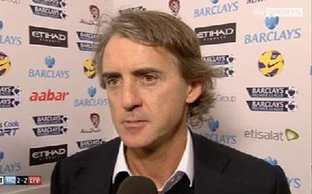 HLV Mancini không đồng tình với quyết định của trọng tài Anthony Taylor