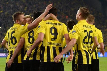 """Những cầu thủ Dortmund, dù nhận mức lương """"công nhân"""" nhưng lại thi đấu như những """"chiến binh"""""""