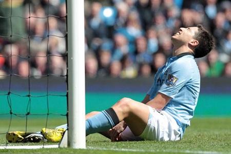 Những cầu thủ Man City trượt dốc thê thảm mùa này