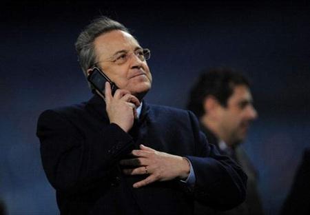 Chủ tịch Florentino Perez đứng ra bảo vệ người cũ, Mourinho