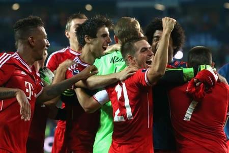 Niềm vui của các cầu thủ Bayern Munich sau chiến thắng trước Chelsea
