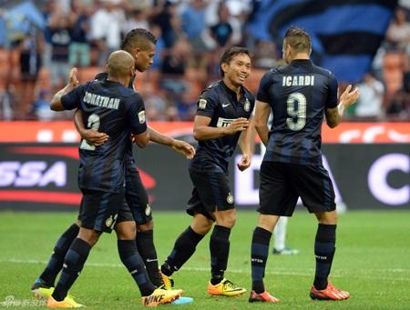 Mãi tới phút 75, Inter mới tìm được bàn thắng mở tỷ số do công của Nagatomo