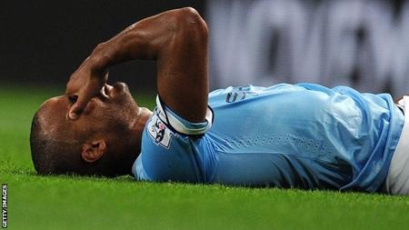 Chấn thương của Kompany là tổn thất quá lớn với Man City