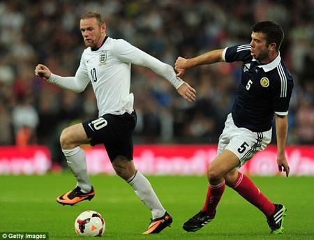 Rooney đã trở lại đội 1 của MU