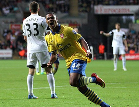 """Arsenal đã """"trói chân"""" thành công Gnabry"""