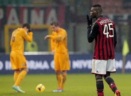 Balotelli là người ghi bàn duy nhất ở cuộc chiến này