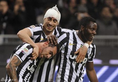 Juventus đã vượt qua AC Milan nhờ bản lĩnh của nhà vô địch