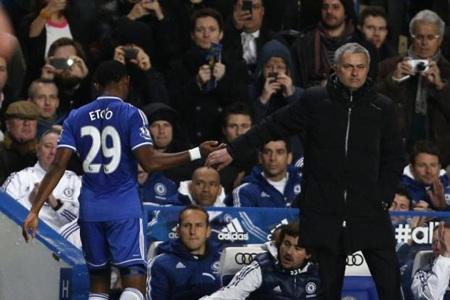 Mourinho không hài lòng về hàng công Chelsea