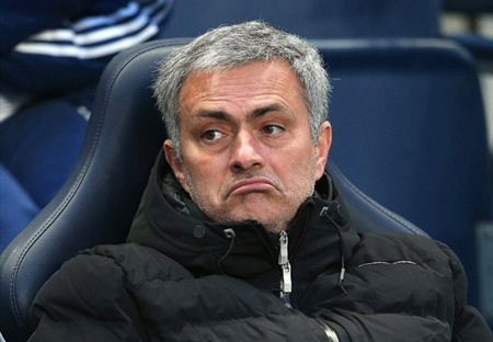 Mourinho không đánh giá cao Barcelona