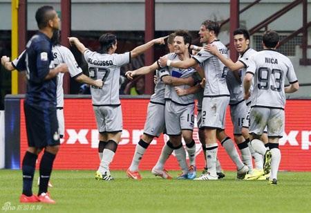 Inter bất ngờ dừng mạch thắng ngay trên sân nhà trước Atalanta