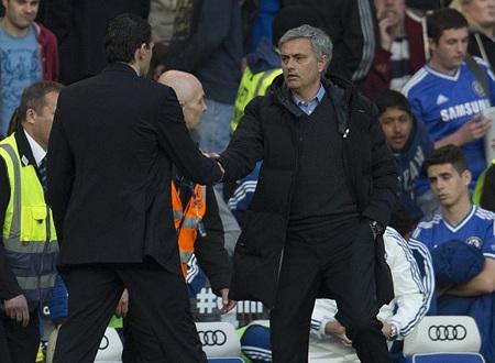 """Mourinho """"chán nản"""" khi nói về trận đấu với Sunderland"""