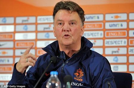 Van Gaal muốn tới MU tiếp quản ghế nóng của Moyes