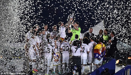 Chức vô địch Champions League lại được giương cao, khép lại mùa giải đại thành công của Real Madrid