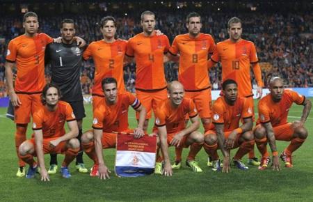 Van der Wiel không được triệu tập trong danh sách Hà Lan