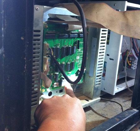 12 cột bơm xăng sử dụng IC giả đã bị buộc ngừng hoạt động trong vòng 1 tháng.