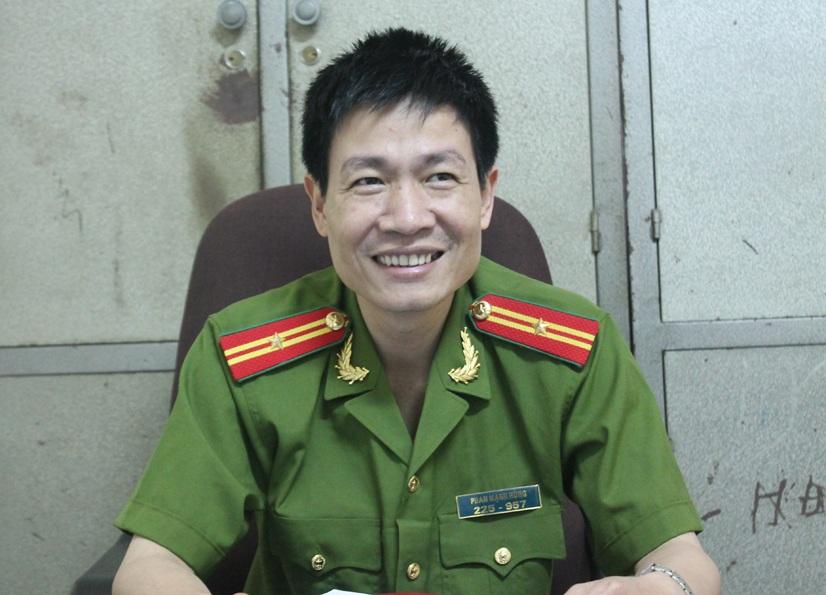 Thiếu tá Phan Mạnh Hùng - khắc tinh của tội phạm ma túy.