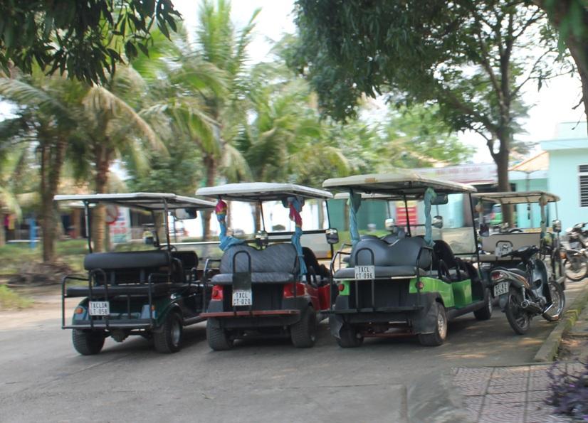 Siết chặt quản lý xe điện tại thị xã Cửa Lò (Nghệ An): Có đẩy hàng trăm hộ dân vào chỗ phá sản?