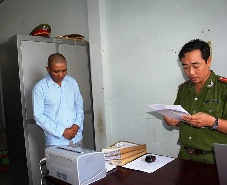 Cơ quan CSĐT CA thành phố Phan Rang – Tháp Chàm đọc lệnh tạm giam ông Nguyễn Võ Đồn