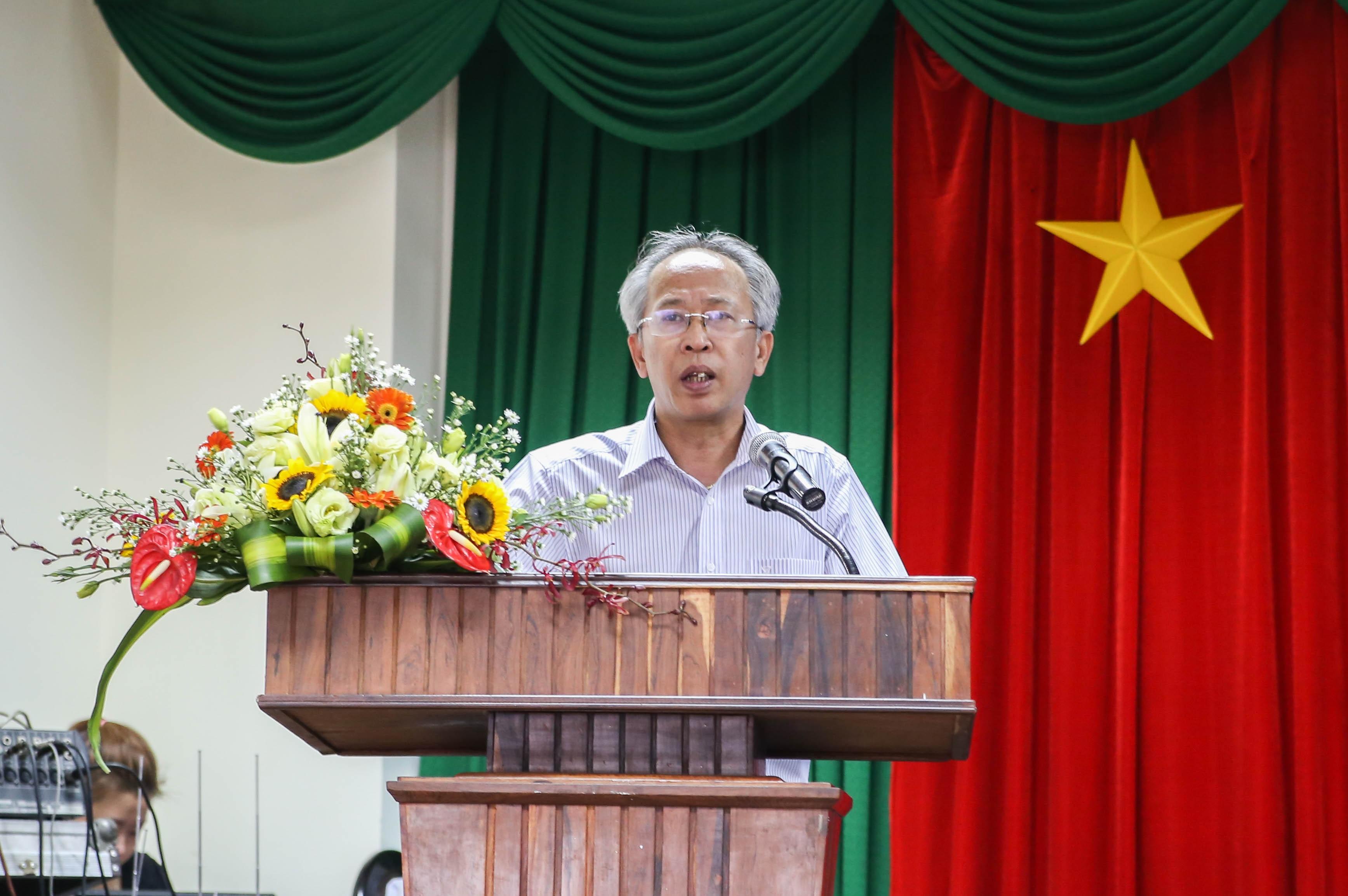 """Ông Nguyễn Long khích lệ các sinh viên sáng tạo, tham gia vào """"sân chơi"""" Nhân tài Đất Việt"""