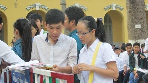 Thí sinh thi tại trường ĐH Sài Gòn