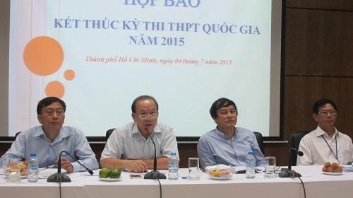 TS Hà Hữu Phúc trả lời trong buổi họp báo tổng kết kỳ thi THPT quốc gia vào tối ngày 4/7