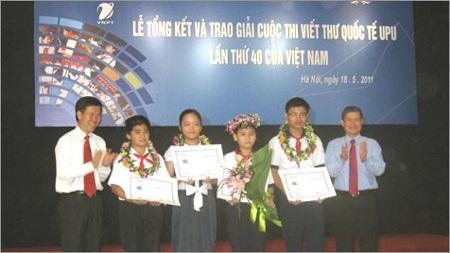 Nam sinh TPHCM đoạt giải nhất cuộc thi viết thư UPU  - 1