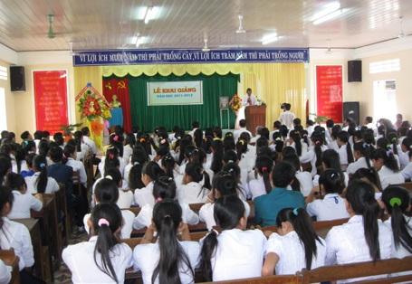 Náo nức khai giảng năm học mới 2011-2012 - 2