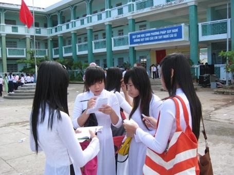 Náo nức khai giảng năm học mới 2011-2012 - 1