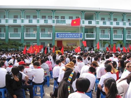 Náo nức khai giảng năm học mới 2011-2012 - 3