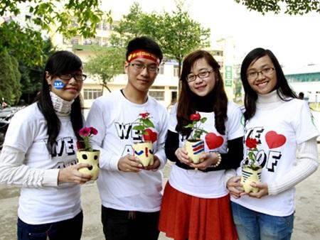 Các thành viên trong dự án Ký túc xá xanh của Học viện Tài chính.
