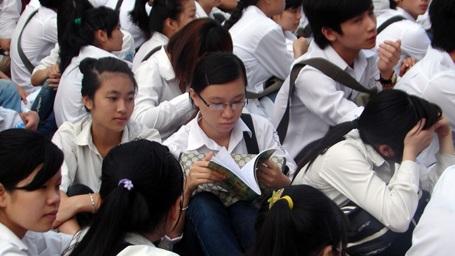 Giáo viên, học sinh đều mong muốn giảm tải chương trình phổ thông