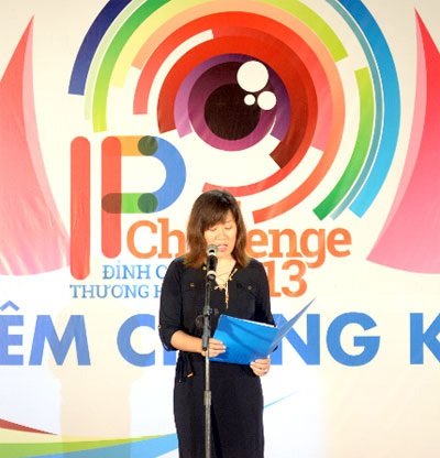 Bà Nguyễn Thị Hương Giang - Giám đốc Maketing và truyền thông Ngân hàng quốc tế VIB