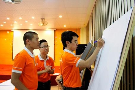 Sinh viên Cao đẳng thực hành FPT Polytechnic có những lợi thế vượt bậc trên thị trường lao động.