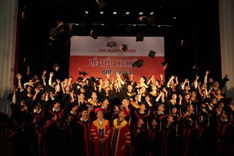 Hơn 50% sinh viên FPT Polytechnic khóa đầu tiên có việc làm trước khi nhận bằng tốt nghiệp.