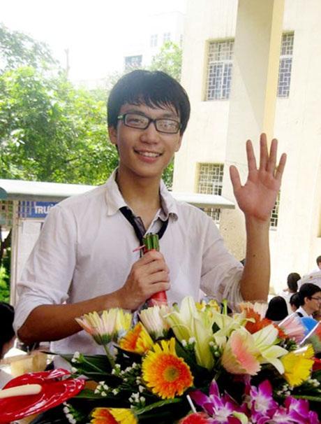 Nguyễn Thanh Tùng đỗ thủ khoa kỳ thi tuyển sinh vào ĐH Dược với số điểm 29,5 (đã làm tròn).