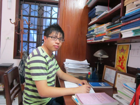 Hồ Quang Khải vừa giành huy chương Bạc tại kỳ thi Olympic Hóa học quốc tế2013.