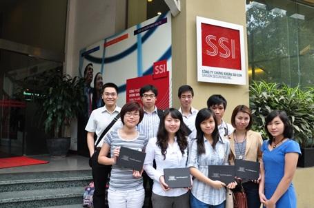 Sinh viên British University Vietnam có những chuyến đi học hỏi thực tế từ doanh nghiệp