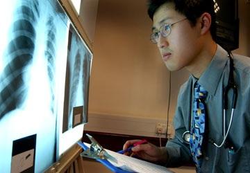 Bùng nổ học y khoa trực tuyến toàn cầu