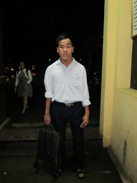 Chàng tân sinh viên giàu nghị lực Lê Viết Thuận.