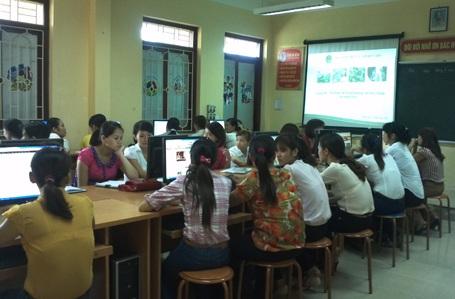 Tập huấn cuộc thi Tìm hiểu kiến thức dinh dưỡng với sức khỏe trẻ mầm non tại Đan Phượng (Hà Nội).