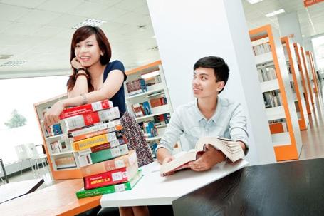 Sinh viên Bridge2B được học những kiến thức, ngôn ngữ toàn cầu, kỹ năng sống và làm việc toàn cầu