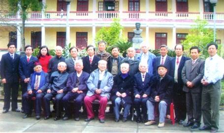 Phó giáo sư Ninh Viết Giao với xứ Nghệ
