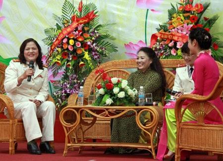 Đại tá, PGS.TS Vương Thị Kim Oanh (
