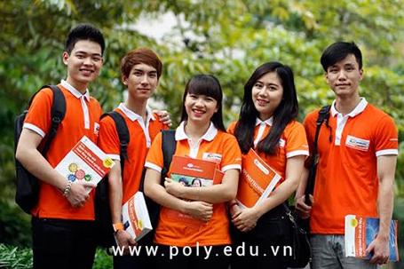 Sinh viên Cao đẳng thực hành FPT Polytechnic tự tin với các kỹ năng được đào tạokhi ra trường