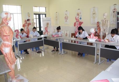 Giờ thực hành ngành Y sỹ
