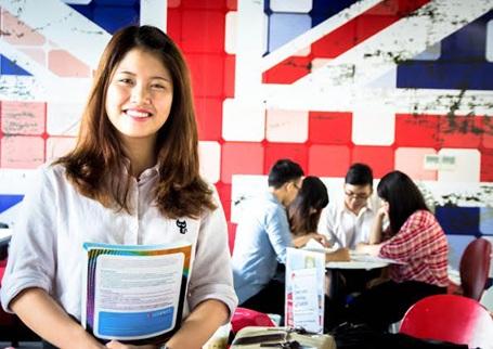 Học đại học quốc tế là xu hướng của đông đảo sinh viên hiện nay.