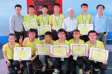 Đặng Thành Nam xuất sắc đạt huy chương vàng olympic Toán toàn quốc hai năm liên tiếp